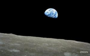 Ученые нашли признаки жизни на Луне