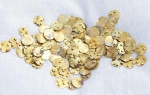 В Казахстане археологи обнаружили более 3 тысяч древних золотых изделий