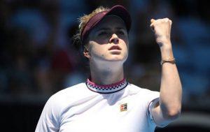 Свитолина вышла в четвертьфинал турнира в Дубае, разгромив Мугурусу